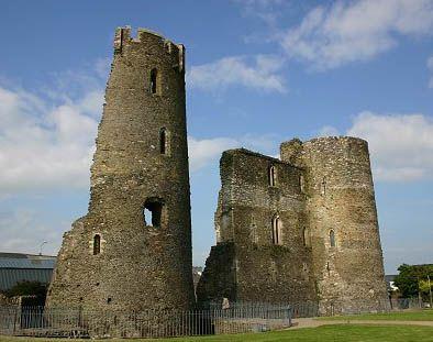 Ferns-Castle-1276860937-2.jpg