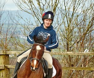 learn-to-ride-at-kingsford-equestrian-centre-ireland